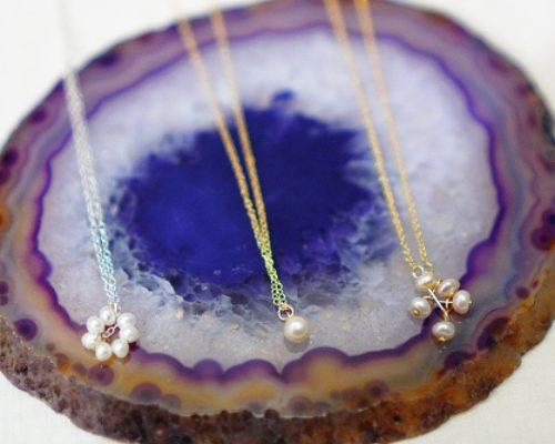 琵琶湖パールのネックレス。